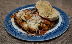 Lasagna With Garlic Bread